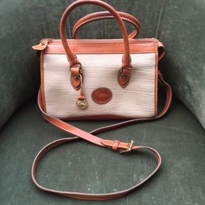 Dooney & Bourke VINTAGE bag hand & shoulder held